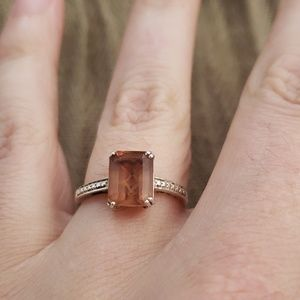 Color Changing Stone ring